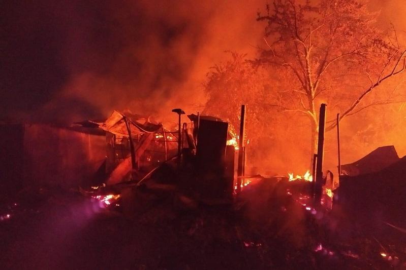 Человек погиб при пожаре в Сатпаеве