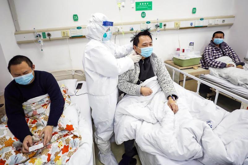 Архитектор японской противовирусной стратегии: страны Азии превзошли Запад в борьбе с пандемией