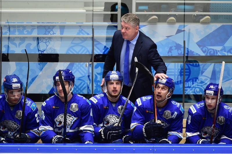 尤里·米哈伊利斯出任雪豹冰球队主教练