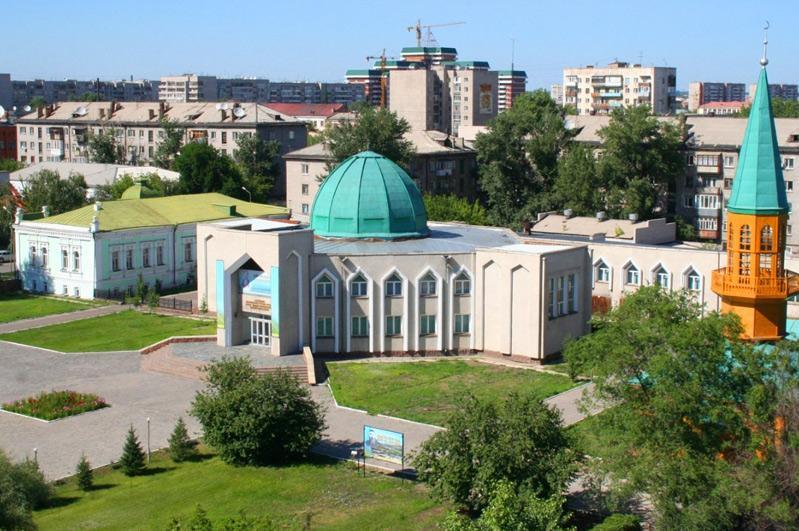 塞梅市阿拜博物馆计划出版100卷阿拜研究专籍