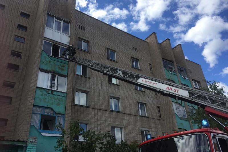 Беременную женщину спасли при пожаре в Петропавловске