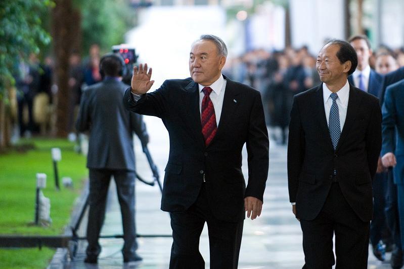 «Біз Сізбен қашан да біргеміз!»:Назарбаев Университетінің Президенті Елбасына хат жолдады