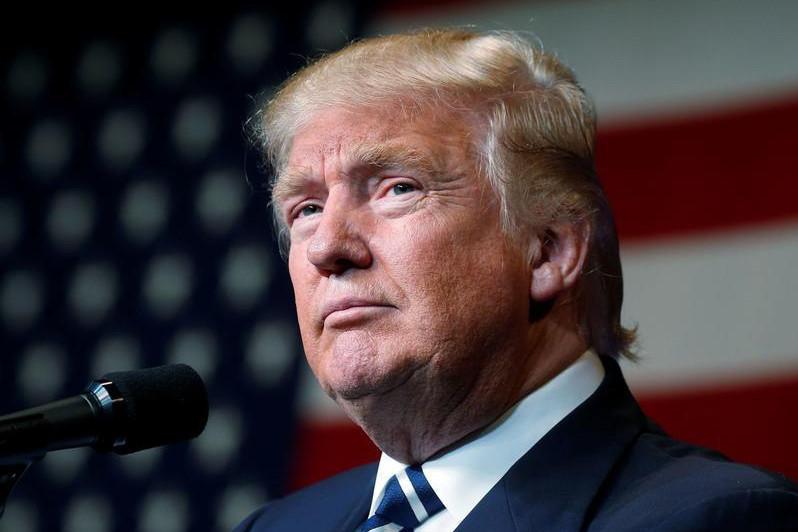 美国总统称该国因新冠病逝人数或将超过15万人