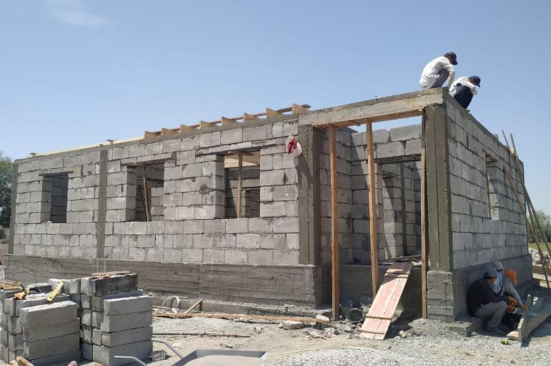 В селе Оргебас Мактааральского района закрыли кровлю 20 домов