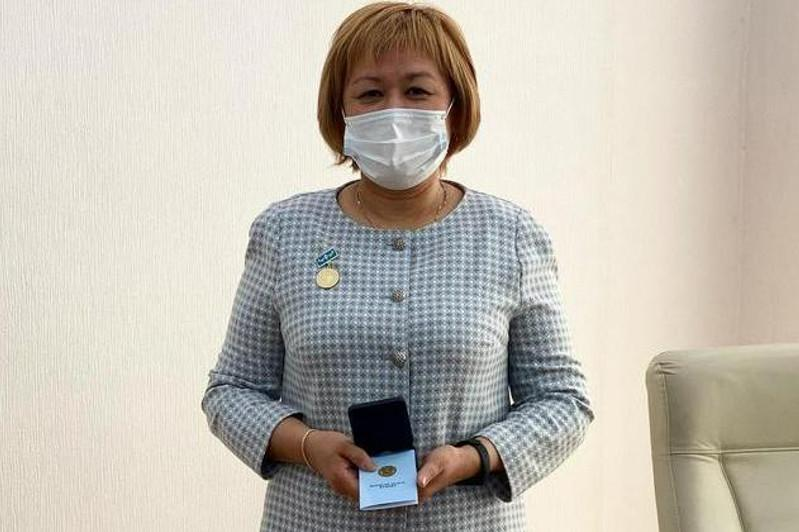 За разработку протокола диагностики и лечения коронавируса наградили карагандинского ученого