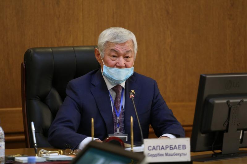 Аким Жамбылской области поручил решить вопрос нехватки лекарств в аптеках