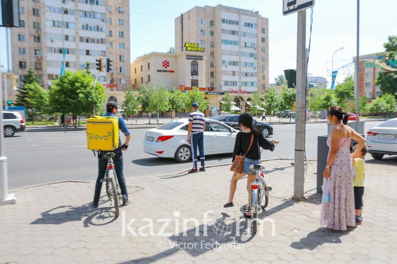 Президент: Беззаботное поведение казахстанцев - одна из причин роста коронавируса