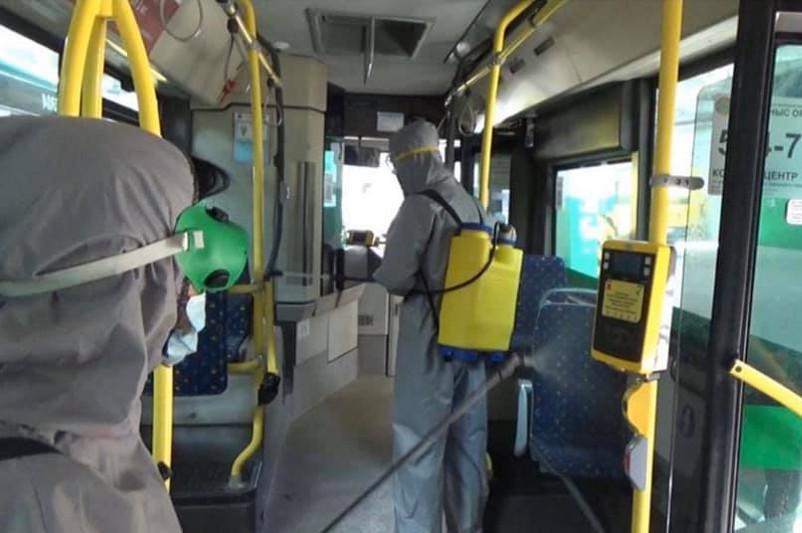 Астана автобустарын дезинфекциялауға күн сайын 2,4 мың литр ерітінді қолданылады