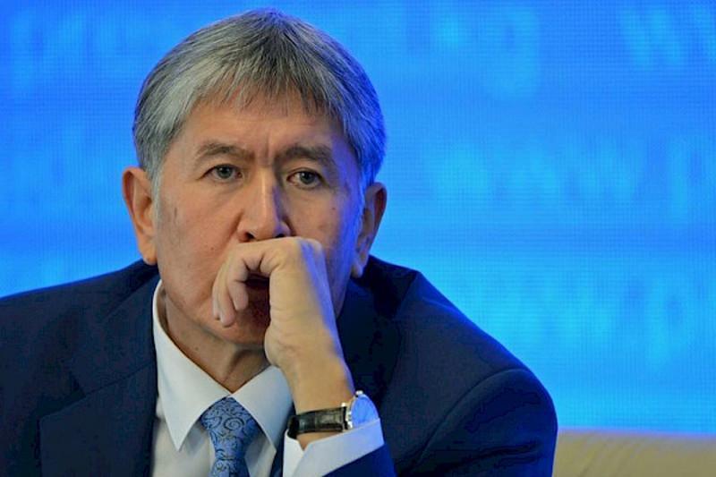 Алмазбек Атамбаев пневмония билан касалланиб, қамоқхонадан касалхонага ўтказилди