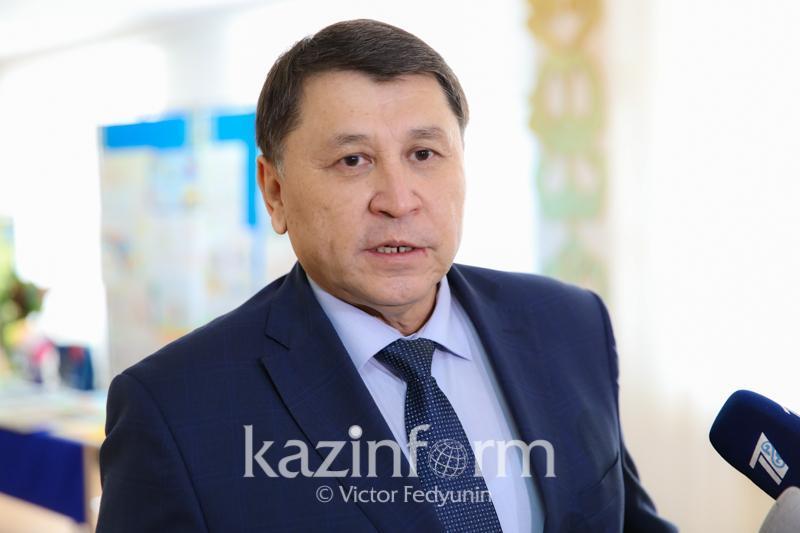 阿拉木图市首席卫生医师詹达尔别克·别克申感染新冠肺炎
