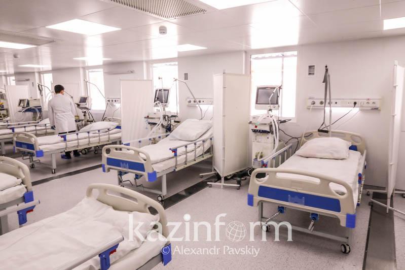 246 актюбинцев госпитализированы с пневмонией в стационары за три дня