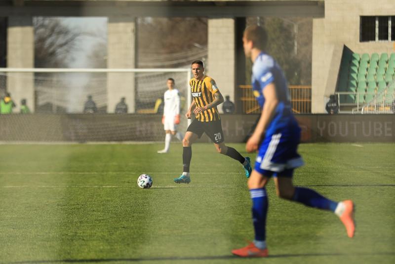 Premier League resumes matches in Kazakhstan