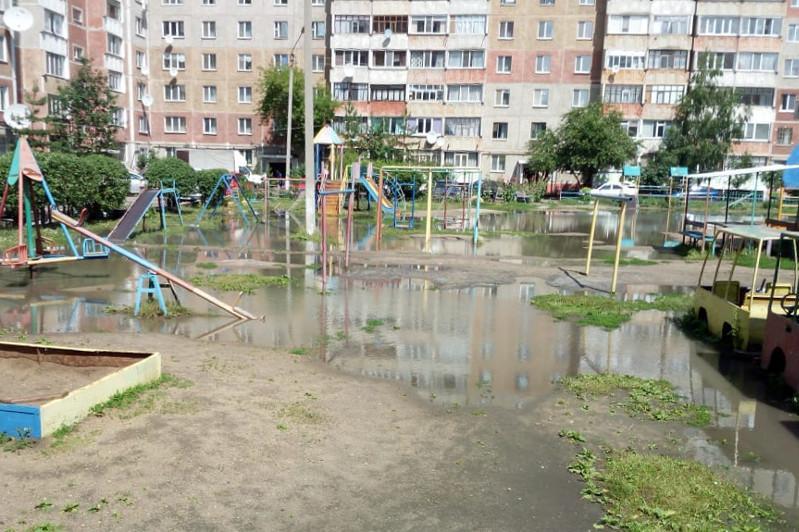 Половина месячной нормы осадков выпала за ночь в Петропавловске