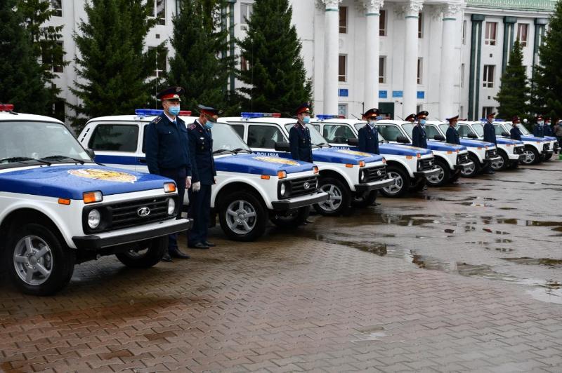 Astana kúni qarsańynda aqmolalyq polıtseıler qyzmettik kólikterge ıe boldy