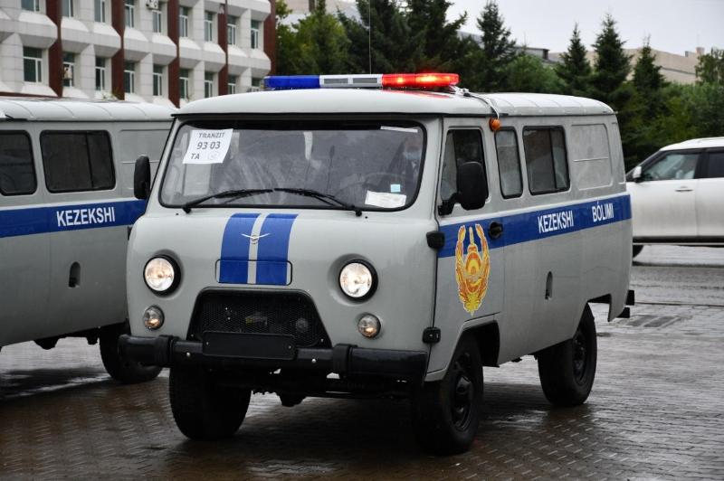 38 автомашин подарили акмолинским полицейским накануне праздника
