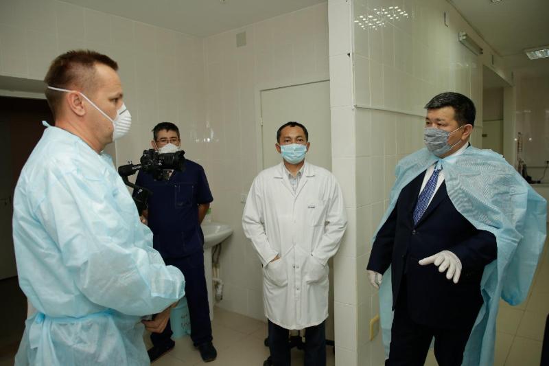 Аким Атырауской области рассказал о ситуации с коронавирусом в регионе