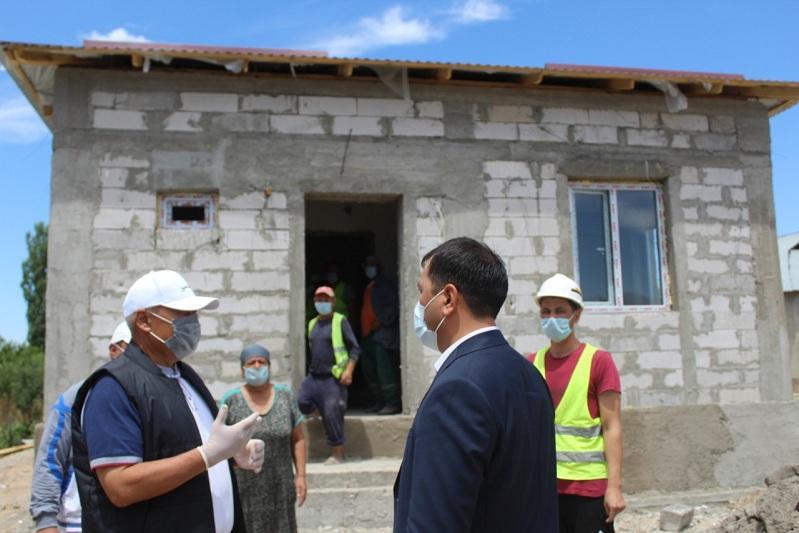 В Толебийском районе ведется строительство 42 домов, поврежденных селевым потоком