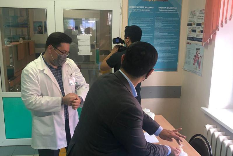 Отдельный стационар для больных коронавирусом открывают в Уральске