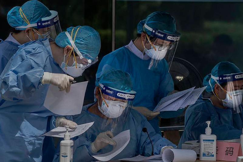 WHO halts hydroxychloroquine and lopinavir/ritonavir hospital therapy for COVID-19