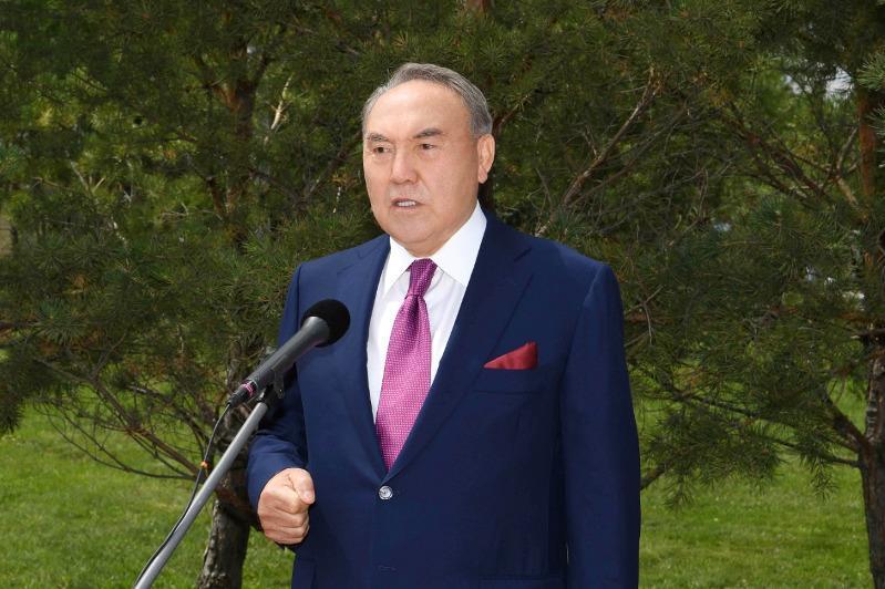 Нурсултан Назарбаев поблагодарил казахстанцев за поддержку и добрые пожелания