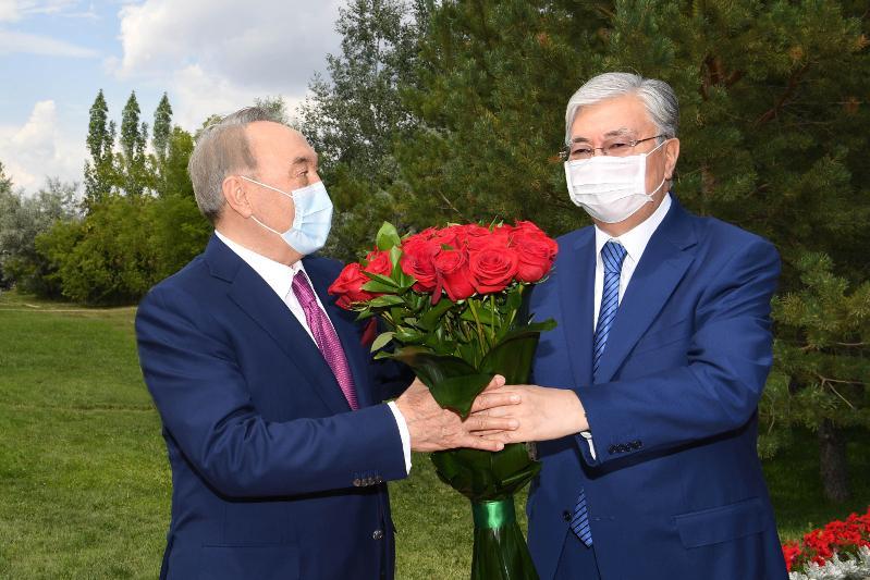 Касым-Жомарт Токаев поздравил Елбасы с юбилеем