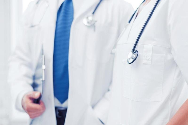 Коронавирус: Елордада медициналық колледж бен академия түлектері науқастарды емдеуге жіберілді