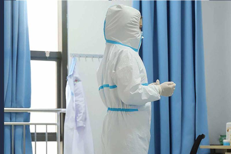 Защитные костюмы будут шить  в ВКО