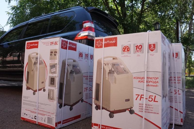 Предприниматель подарил три кислородных концентратора больнице в ЗКО