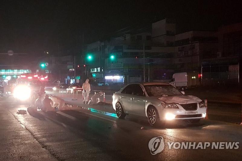 В Южной Корее пьяный водитель врезался в группу спортсменов, есть жертвы