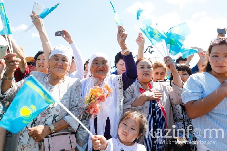 哈萨克斯坦养老金平均数额为每月9.5万坚戈