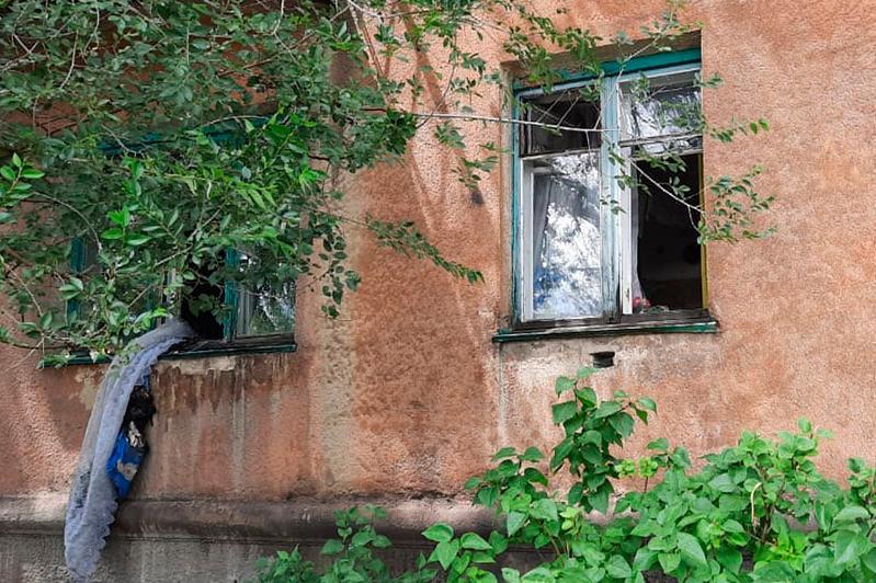 Двоих детей из горящего дома спасли соседи в Карагандинской области