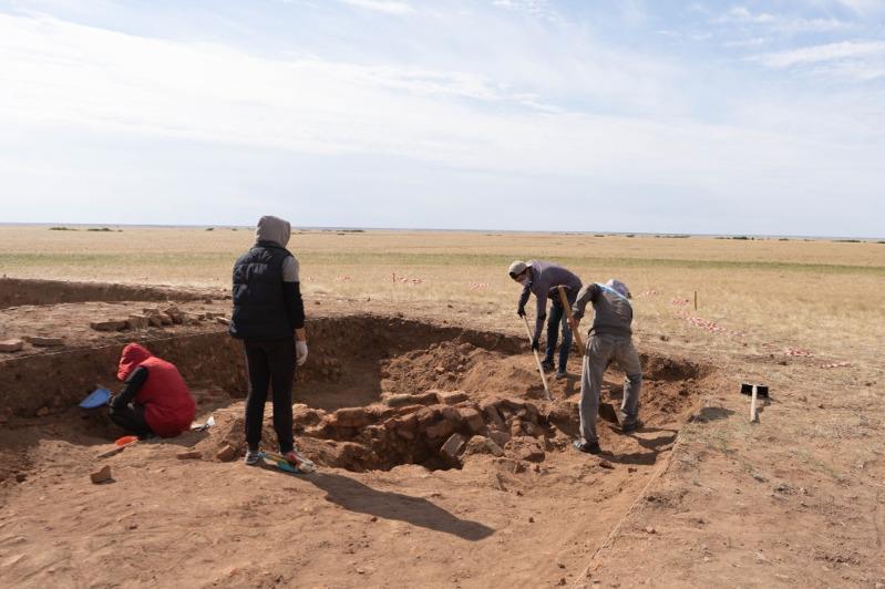 На мавзолее Кызыл оба в СКО приостановили раскопки