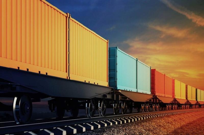 今年上半年哈萨克斯坦过境铁路集装箱运量增长50%
