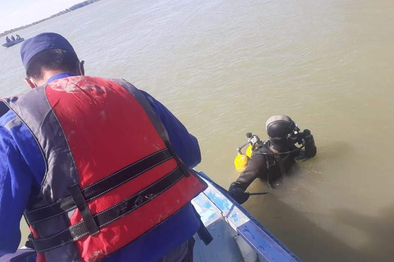 Түркістан облысында екі балықшы Сырдарияға батып кетті