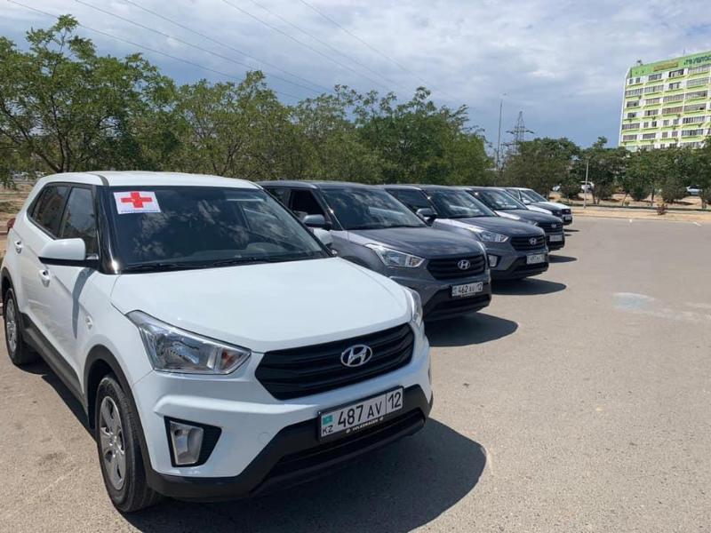 30 машин передал поликлиникам акимат Мангистауской области