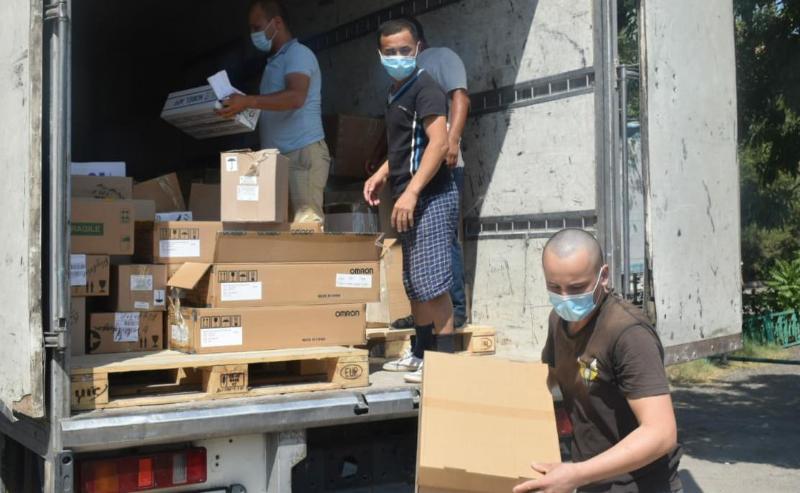 Около двух тонн медикаментов привезли в Туркестан