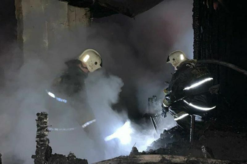 Братья спасли пожилого соседа  во время пожара в ВКО
