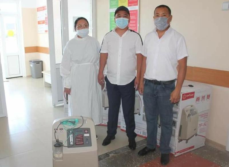 Казыгуртский предприниматель передал в больницу комплекты кислородного концентратора