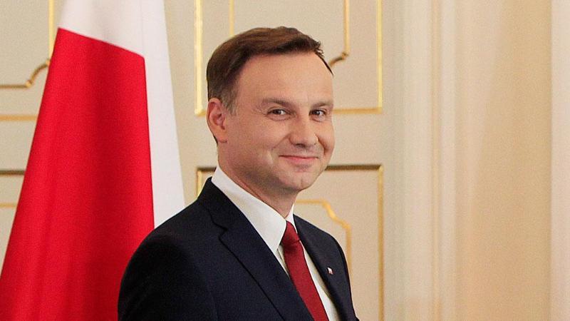 Анджей Дуда Польша президенті болып қайта сайланды - exit poll