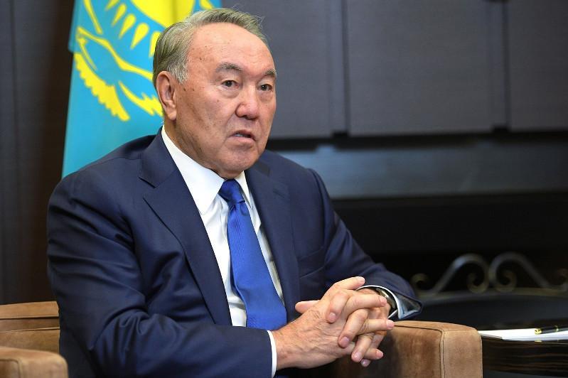 Нурсултан Назарбаев выразил соболезнования родным и близким жертв пандемии