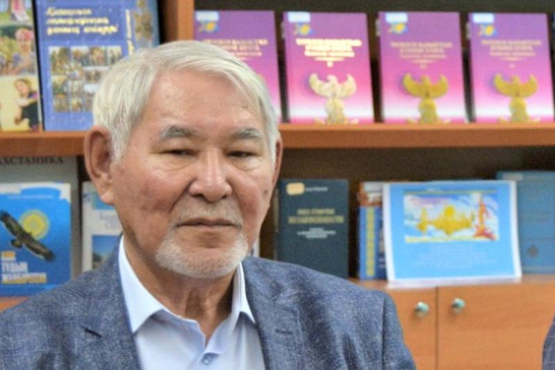 Kádirbek Segizbaev: Dári-dármekti qymbatqa satyp, paıda tapqandardy aıamaı jazalaý kerek