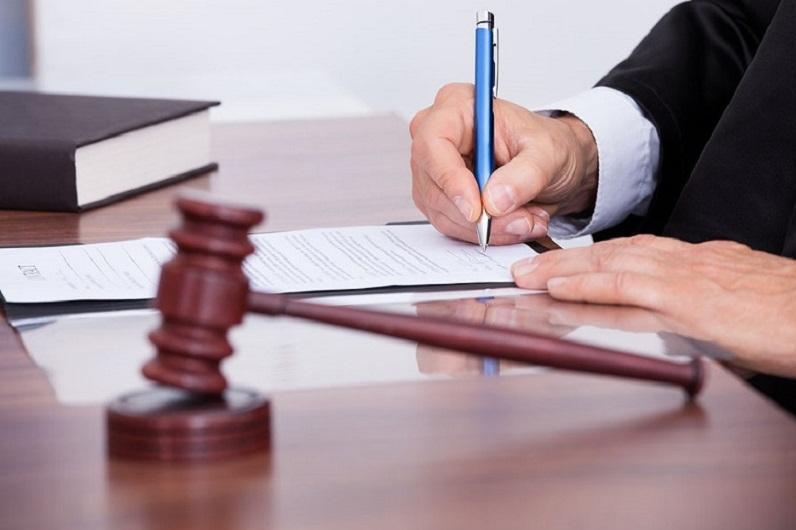 К штрафу в 25 млн тенге приговорили экс-руководителя ГАСКа в СКО