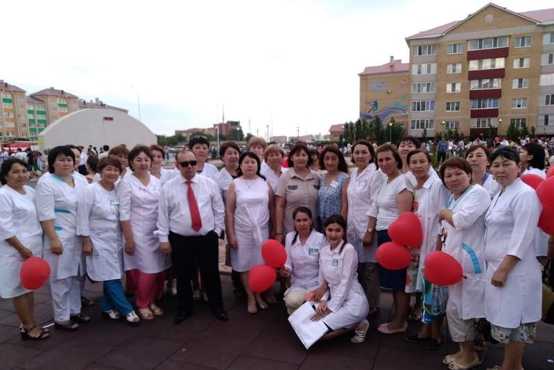 Aktobe infectious hospital's former head doctor posthumously given highest award