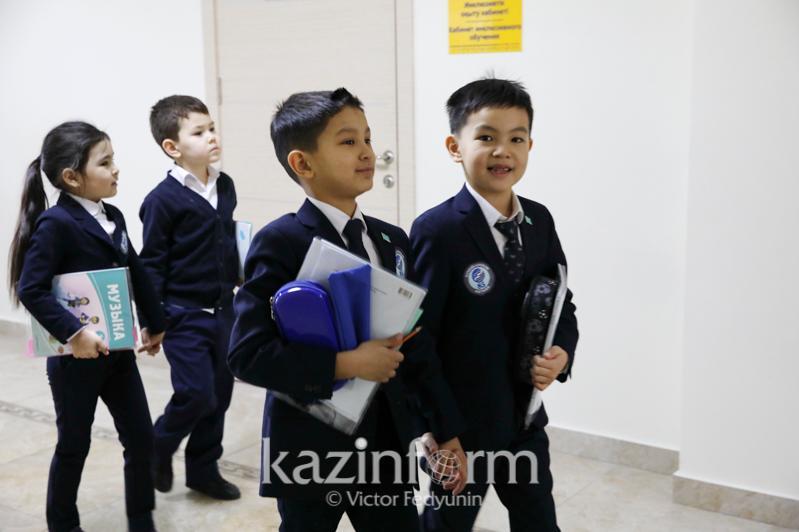 Сроки каникул для школьников не изменятся - Асхат Аймагамбетов