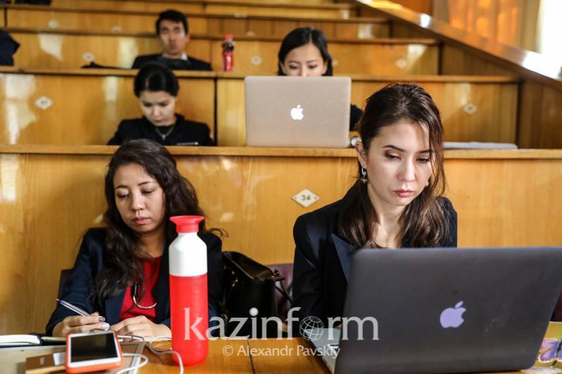 Могут ли снизить оплату за учебу в вузах, пояснил Асхат Аймагамбетов