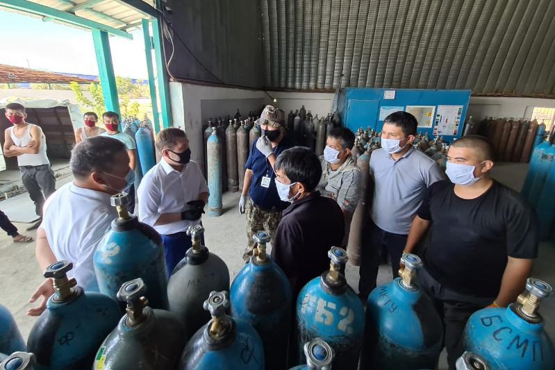В четырёх больницах Шымкента установят кислородные станции
