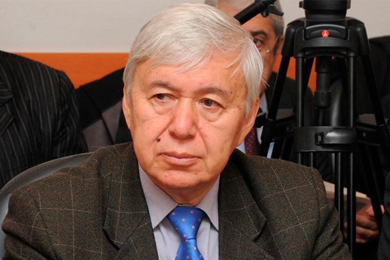 Не исключено проведение выборов в Казахстане в онлайн формате - политолог Юрий Булуктаев