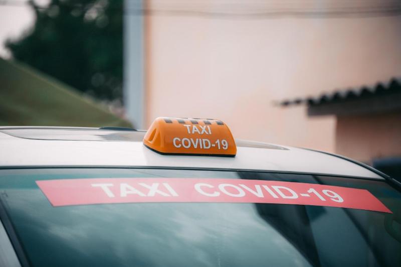 Елімізде алғаш рет Атырауда корона-такси жұмыс істей бастады