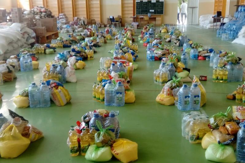 Жителей Мактаарала обеспечивают необходимым запасом продуктов питания