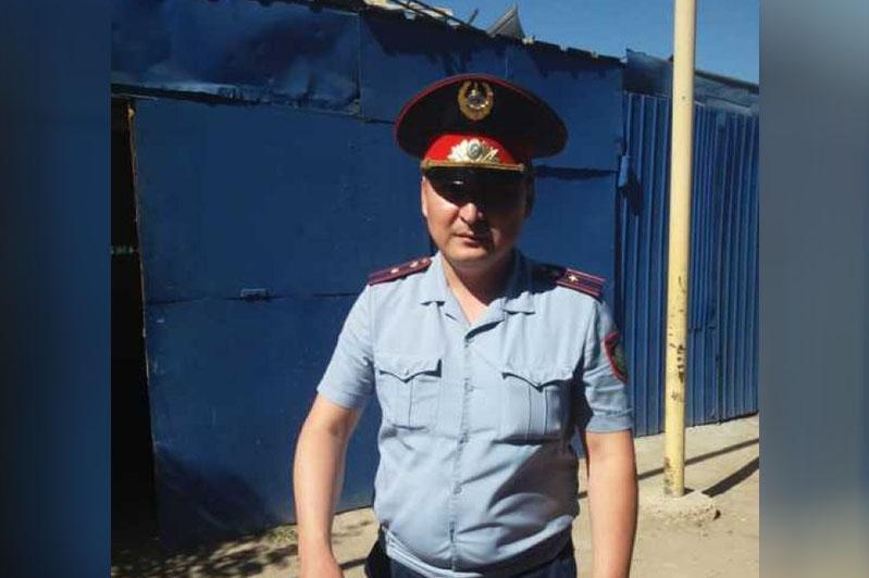 В Лисаковске мужчину спасли от собственной овчарки полицейский и охотник